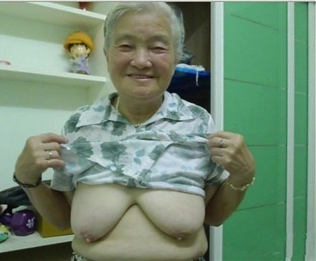GRANNY ASIANS ON PARADE
