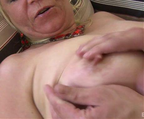 Best Granny 281
