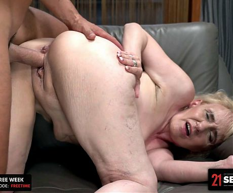Muscular Dude Fills Grannys Mouth With Cum