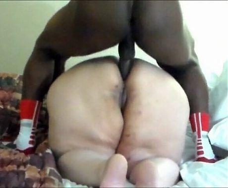 GREAT GRANNY WITH GREAT BIG ASS VS THE ANAL KING