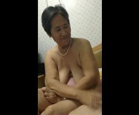 tits of chinese granny