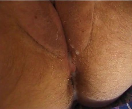 HOT CUM FOR THE OLD CUNT