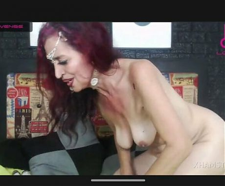 Skinny granny nude small tits pussy and ass